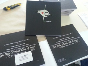 Hat yazısıyla yazılan davetiye zarfları, davetiye zarfı yazımı, zarf arkası isim yazımı